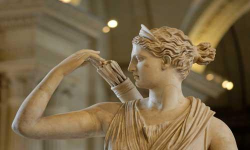 Diana_Versailles_Louvre